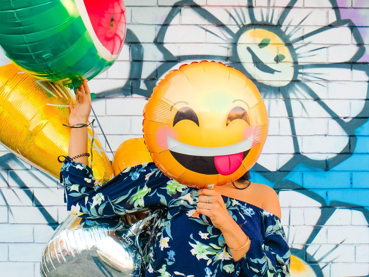 El humor como defensa: las virtudes de la risa en tiempos de crisis